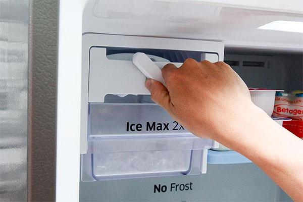Tủ lạnh Hitachi kêu to
