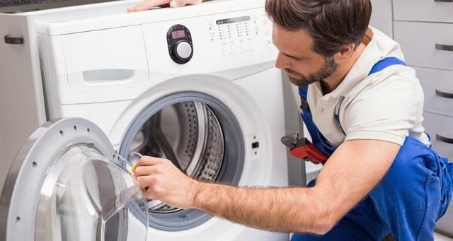Điện tử - điện lạnh Bách Khoa - dịch vụ sửa chữa máy giặt LG giá tốt