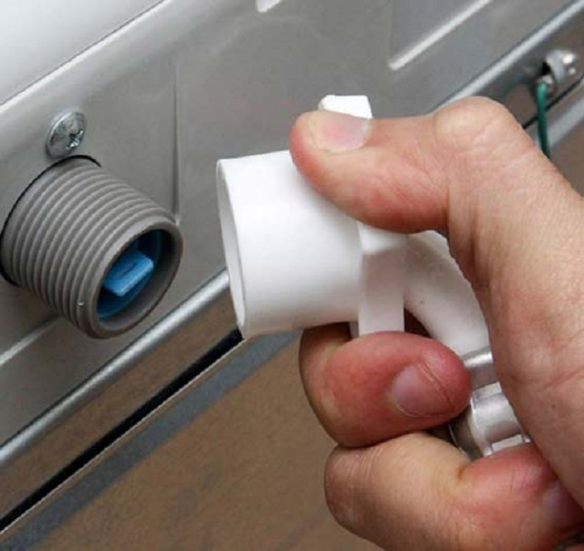 Sửa lỗi van cấp nước máy giặt LG khi cấp nước vào bị yếu