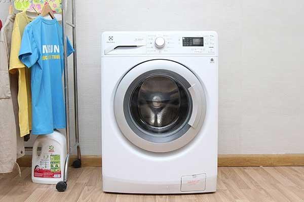 Minh Đức trung tâm chuyên sửa chữa máy giặt Electrolux tại Hà Nội khi lỗi