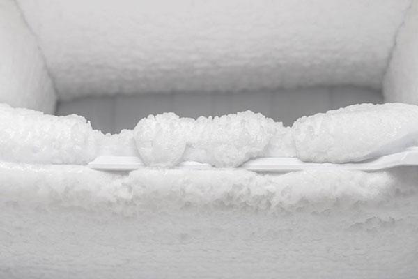 Tủ lạnh Toshiba bị đóng tuyết nguyên nhân do đâu?