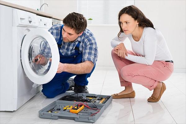 Mã lỗi F9 máy giặt Hitachi: Máy không thể vắt