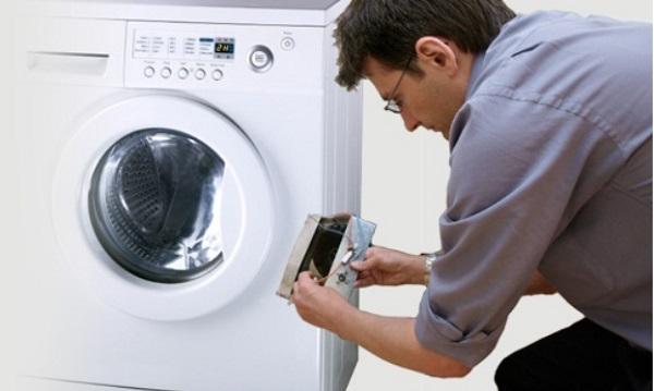 Nguyên nhân và cách sửa máy giặt electrolux mất nguồn