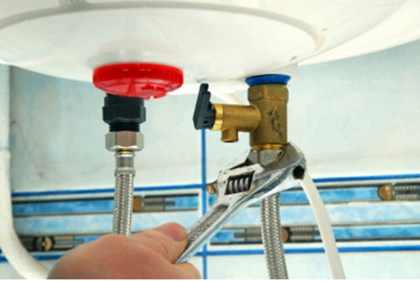 Cách cơ bản để xử lý bình nước nóng Ariston khi có sự cố