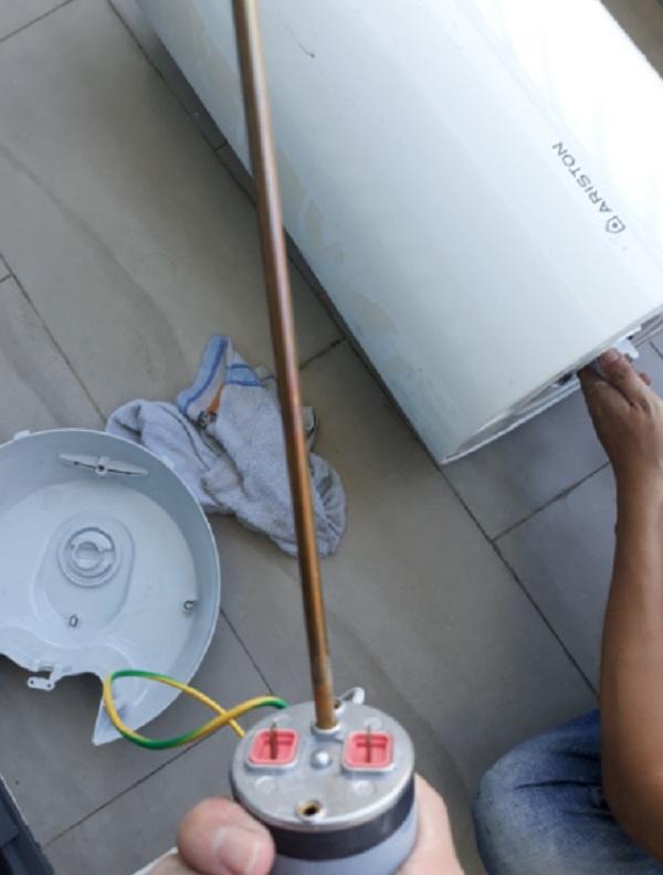 Trung tâm sửa chữa bình nóng lạnh Ariston tại Hà Nội